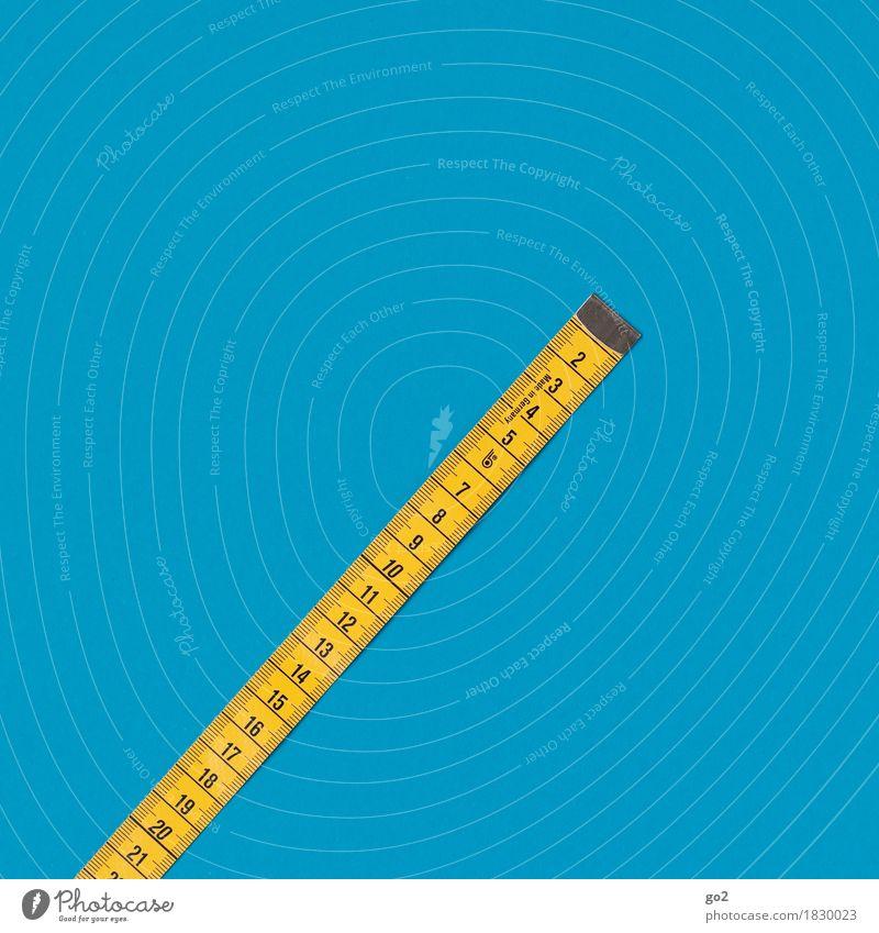 1 - 21 Freizeit & Hobby Handarbeit Maßband Ziffern & Zahlen blau gelb Genauigkeit Präzision Farbfoto Innenaufnahme Studioaufnahme Nahaufnahme Menschenleer