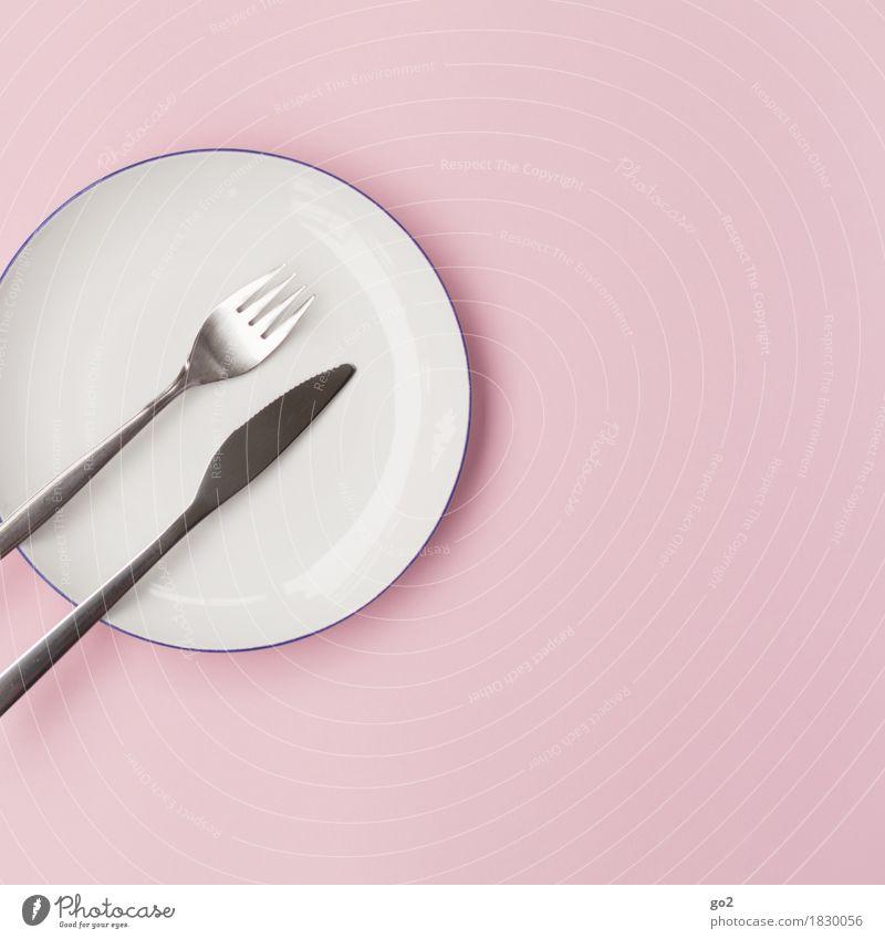 Gabel, Messer, Teller weiß Essen Lebensmittel rosa Ernährung Ordnung ästhetisch einfach rund Küche rein Frühstück Geschirr Abendessen