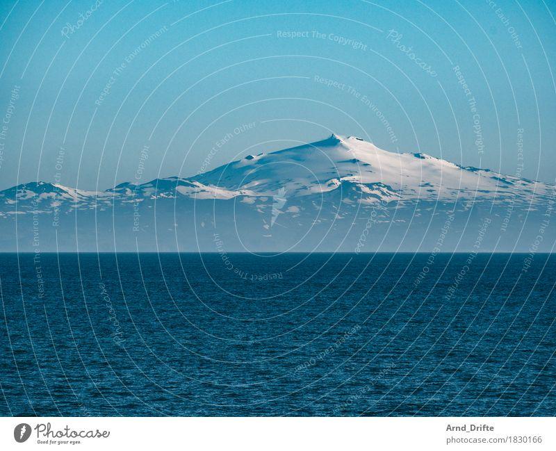Island - Snæfellsjökull Himmel Natur Ferien & Urlaub & Reisen blau Landschaft Ferne Berge u. Gebirge kalt Küste Schnee Freiheit Eis Wellen Ausflug ästhetisch Insel