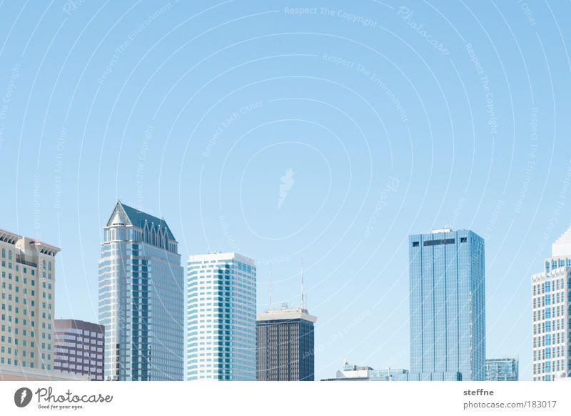 Tetris Farbfoto Außenaufnahme Muster Menschenleer Textfreiraum oben Tag Starke Tiefenschärfe Panorama (Aussicht) Himmel Wolkenloser Himmel Schönes Wetter Tampa