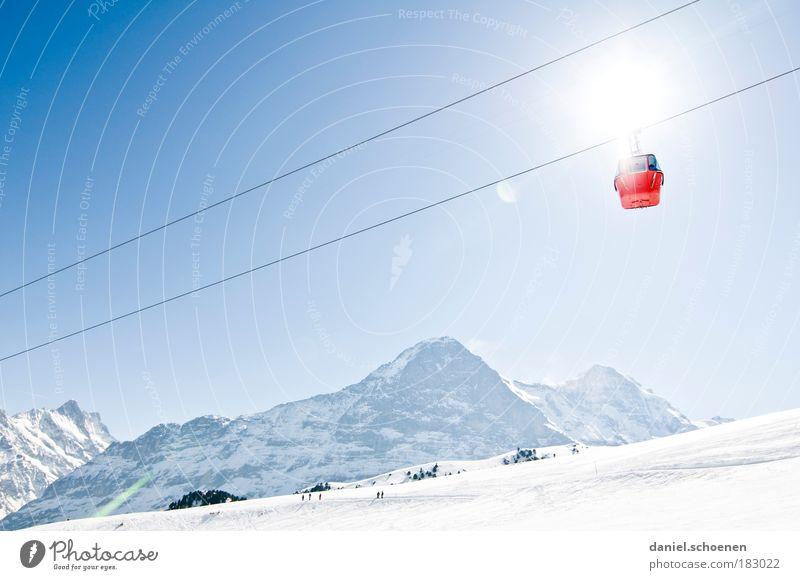 (Winter-)Brüder, zur Sonne, zur Freuheit !! blau weiß Sonne Winter Berge u. Gebirge Bewegung Tourismus Perspektive einzigartig Ziel Alpen Schweiz Schönes Wetter aufwärts Leichtigkeit Schnee