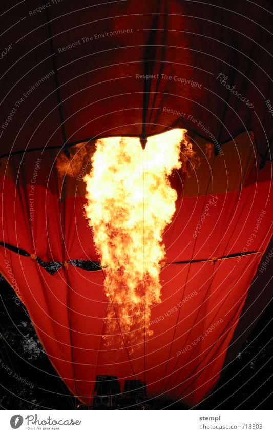 Ballon_fire Licht dunkel brennen Luft Brand erleutet Ballone