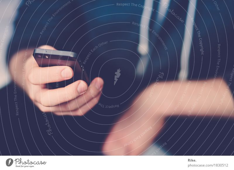 24/7 Mensch Jugendliche Junger Mann Hand 18-30 Jahre Erwachsene Lifestyle sprechen Business Schule Freizeit & Hobby maskulin 13-18 Jahre Kommunizieren Technik & Technologie Telekommunikation