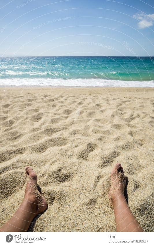 das Licht des Südens Mensch Himmel Ferien & Urlaub & Reisen Sonne Meer Erholung ruhig Ferne Strand Lifestyle Küste Fuß Tourismus Zufriedenheit liegen Wellen