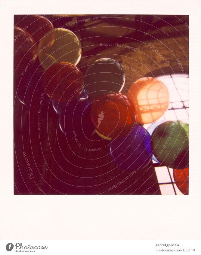 oben. blau grün rot dunkel Fenster Wand Party Gebäude Polaroid Mauer orange Kindheit Feste & Feiern Geburtstag Dekoration & Verzierung rund