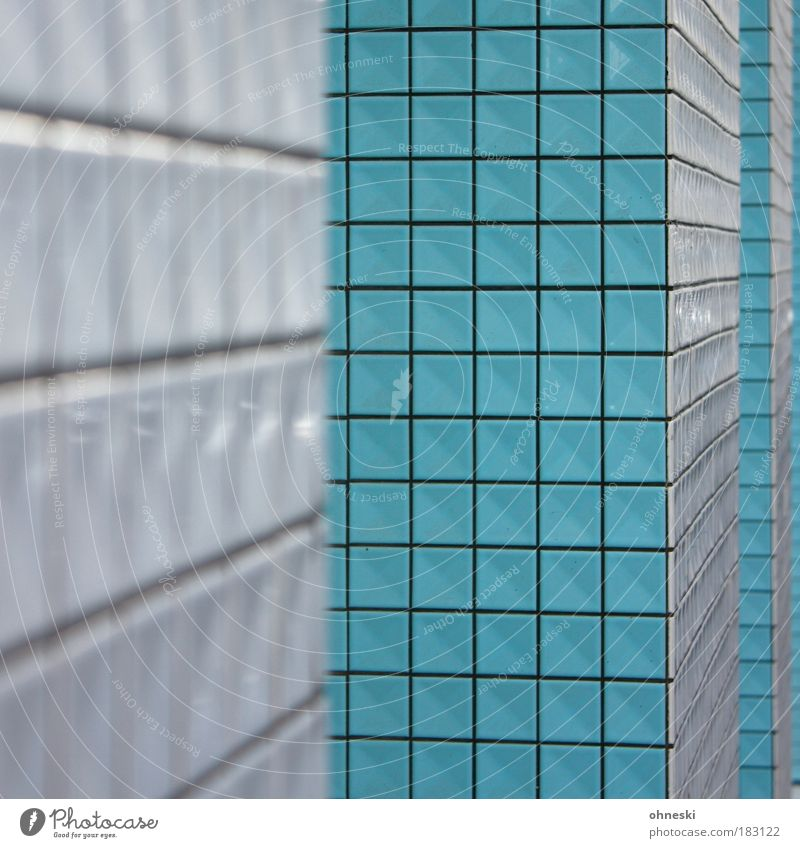 Quadratisch [Köln 2.0] blau Haus Architektur Gebäude abstrakt Fassade Ordnung Bauwerk Fliesen u. Kacheln Eingang Fuge Unschärfe Mosaik