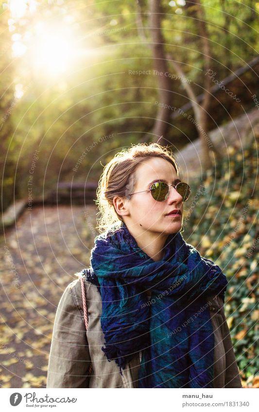 Autumn Day #1 Mensch Frau Natur Jugendliche schön Junge Frau Sonne ruhig Freude Wald 18-30 Jahre Erwachsene Leben Herbst Lifestyle feminin