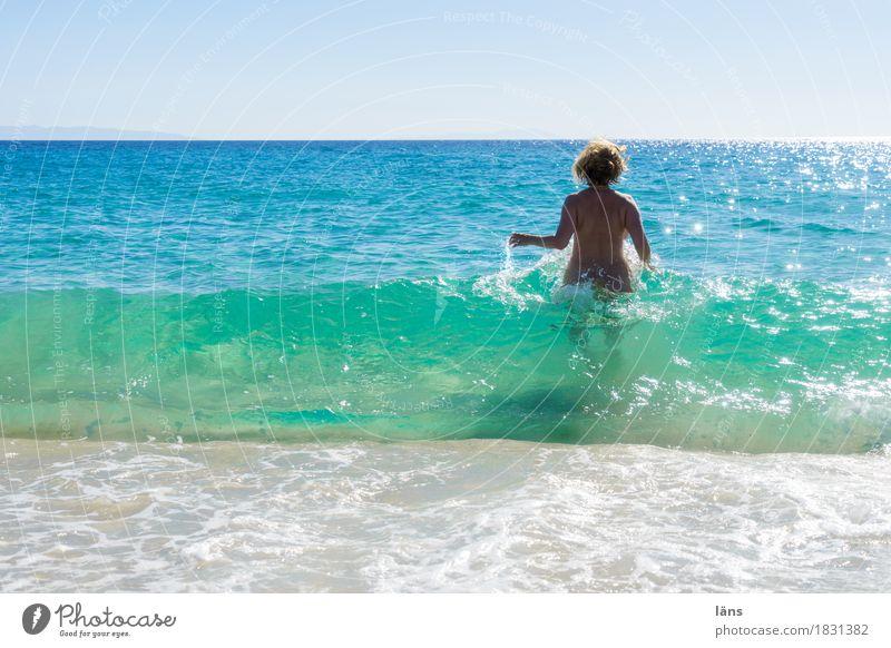 mehr als Meer Mensch Frau Ferien & Urlaub & Reisen Sommer Ferne Strand Erwachsene Leben Küste feminin Freiheit Schwimmen & Baden Tourismus Horizont
