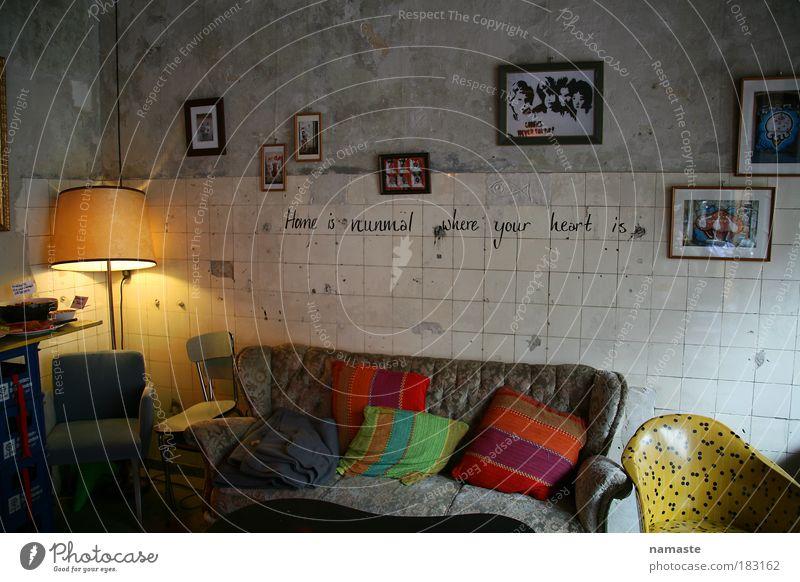 südstadtcafe Freude Erholung Lampe Zufriedenheit Innenarchitektur elegant Armut ästhetisch Fröhlichkeit außergewöhnlich Dekoration & Verzierung Lifestyle einzigartig Stuhl Haus Sofa