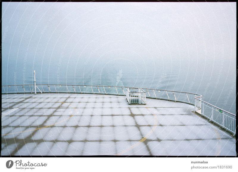 Ende in Sicht Ferien & Urlaub & Reisen Wasser Meer Ferne Winter Schnee Kunst Freiheit Wasserfahrzeug Ausflug Wellen Eis Wind Sex Abenteuer Urelemente