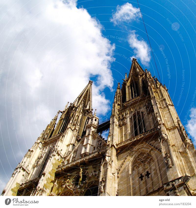 Der Draht nach Oben Himmel Sommer Wolken Umwelt Leben Architektur Stein Kunst Kirche Schönes Wetter Hoffnung Bildung Glaube Vertrauen Sehenswürdigkeit Dom