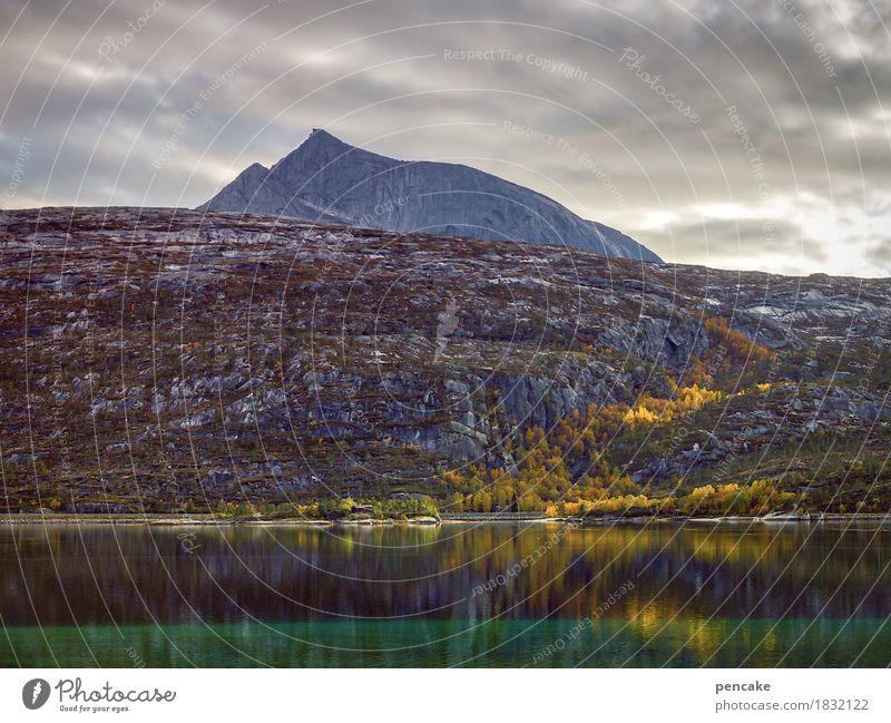 peer gynt Natur Wasser Landschaft Wolken dunkel Berge u. Gebirge Leben Gefühle Herbst Stimmung Felsen wild Wetter Musik Kraft groß