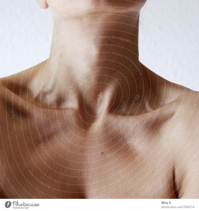 Knochig wie nie Mensch Jugendliche schön Erwachsene feminin nackt Luft Gesundheit Junge Frau Körper Haut 18-30 Jahre dünn gruselig Appetit & Hunger Brust