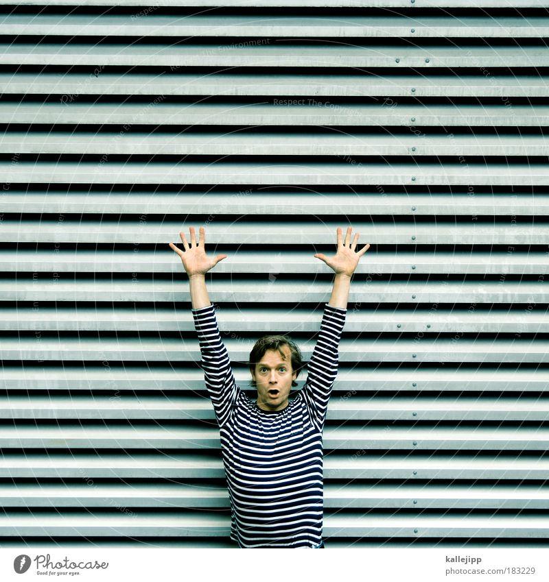 räuber und gendarme Mensch Mann Hand Freude Gesicht Erwachsene Leben Angst Arme Politik & Staat maskulin Finger Streifen Beruf Brust entdecken