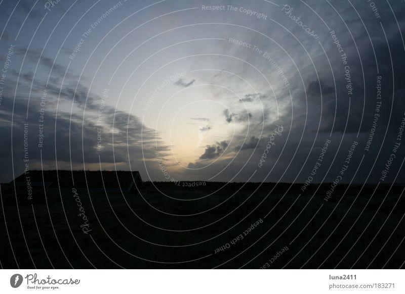 Abenddämmerung Farbfoto Außenaufnahme Dämmerung Licht Schatten Sonnenaufgang Sonnenuntergang Totale Natur Landschaft Himmel Wolken Horizont Sturm blau Tag
