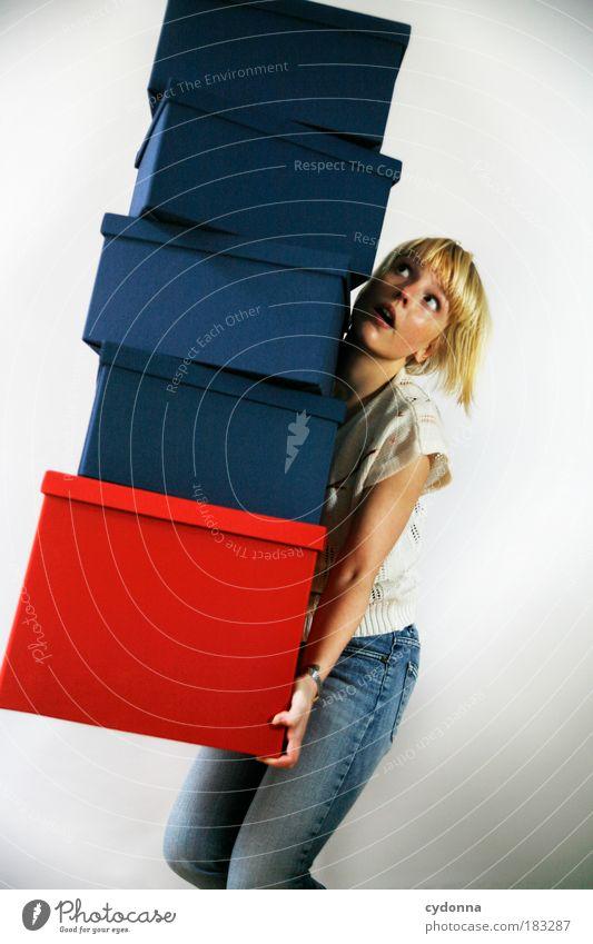 Verwacklungseffekt Frau Mensch Jugendliche rot Erwachsene Leben kaufen planen gefährlich Zukunft Wandel & Veränderung bedrohlich Kommunizieren Bildung 18-30 Jahre Umzug (Wohnungswechsel)