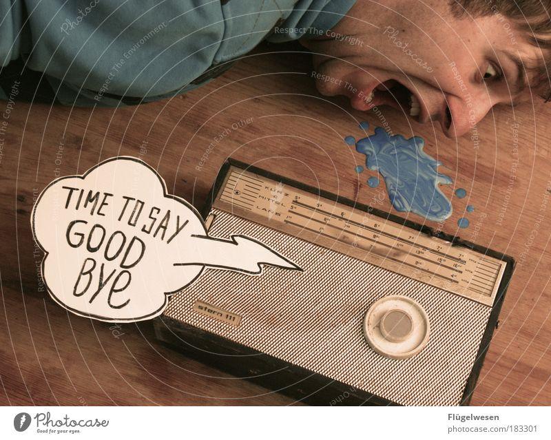 Ich bin dann mal weg... Medien Spielen Tod dunkel Musik Zufriedenheit Angst Freizeit & Hobby dreckig kaputt Lifestyle bedrohlich Kommunizieren