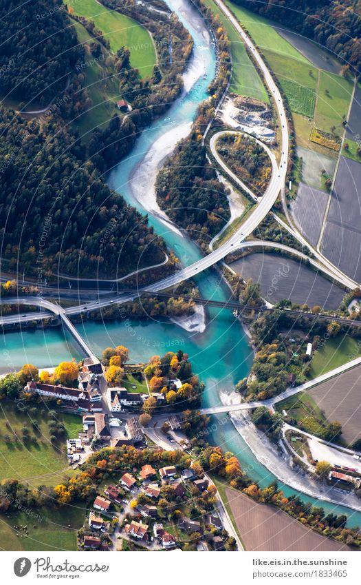 Sexy Kurven. Stadt Landschaft Wald Straße Wege & Pfade Herbst oben Verkehr Feld Schönes Wetter Brücke Fluss Netzwerk Flussufer Schifffahrt Schweiz