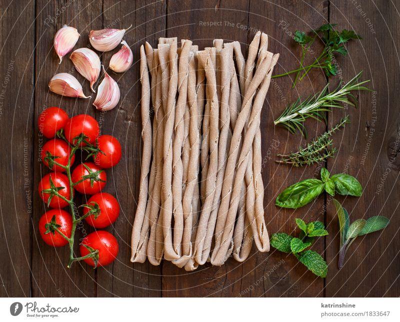 Rohe italienische Pasta, Kräuter und Gemüse grün rot Blatt dunkel Gesundheit braun Ernährung frisch Tisch Kräuter & Gewürze Tradition Backwaren Mahlzeit