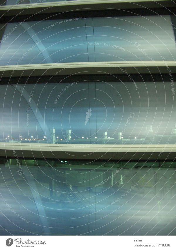 Dubai Airport Fenster Architektur Glas groß modern Flughafen Dubai