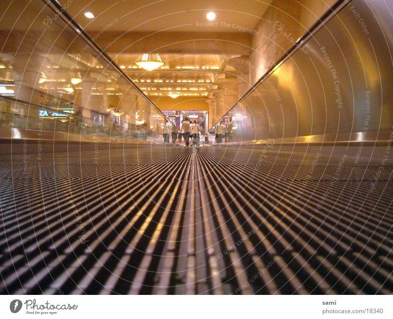 Luxor Walkway Architektur Perspektive Kanu Afrika Las Vegas