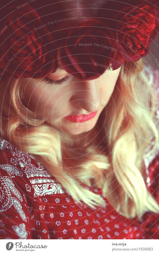 _ Mensch Frau Jugendliche schön Junge Frau rot 18-30 Jahre Erwachsene Leben feminin Stil Mode Haare & Frisuren 13-18 Jahre blond ästhetisch