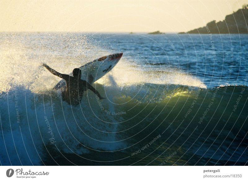 Surf cnv000137 Surfen Wellen Meer Surfer Gegenlicht Puerto Escondido Sport Sonne Mexiko