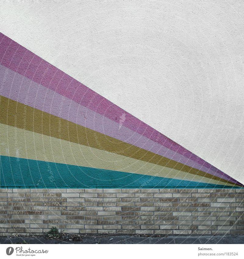 pimpin´the city Farbfoto Gedeckte Farben Außenaufnahme Muster Strukturen & Formen Textfreiraum rechts Textfreiraum oben Tag Zentralperspektive Haus Mauer Wand