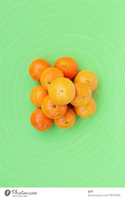 Orangen Lebensmittel Frucht Ernährung Bioprodukte Vegetarische Ernährung Gesundheit Gesunde Ernährung Fröhlichkeit frisch lecker grün Farbfoto Innenaufnahme