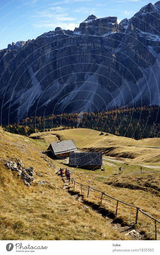 Wandern in Villnöss 6 Berge u. Gebirge wandern Umwelt Natur Landschaft Herbst Hügel Felsen Alpen Gipfel Schneebedeckte Gipfel Südtirol Dolomiten Wanderweg