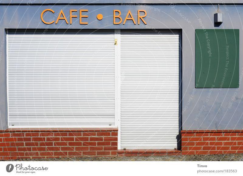 CAFE - BAR blau rot Wand Mauer orange Schriftzeichen Kommunizieren geschlossen Getränk Café Dienstleistungsgewerbe Bar Gesellschaft (Soziologie) Tafel Eingang