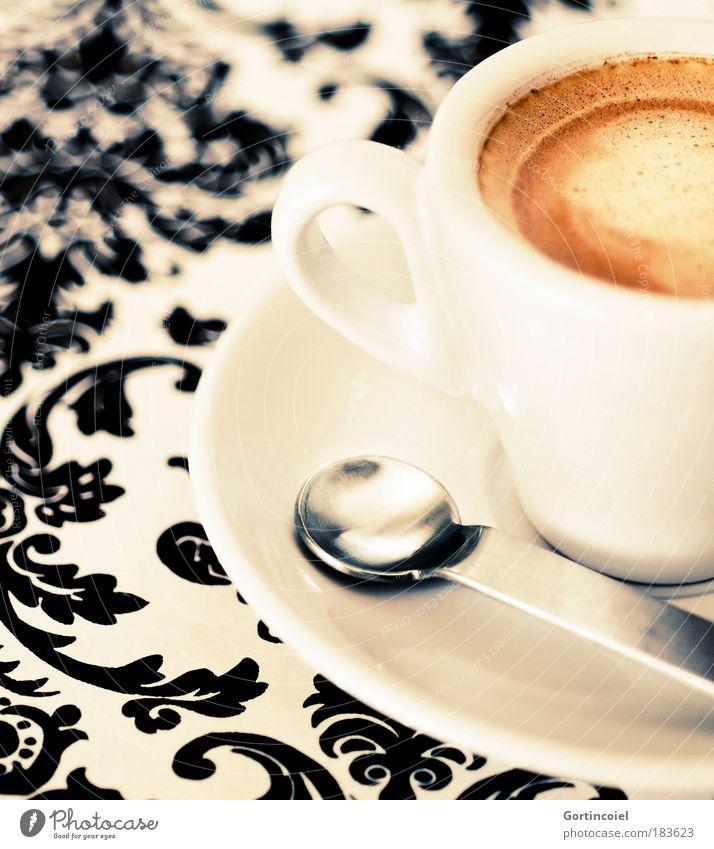 Genuss Pause Geschirr Lebensmittel frisch Getränk Kaffee trinken Dekoration & Verzierung heiß lecker Tasse genießen Ornament Espresso Löffel