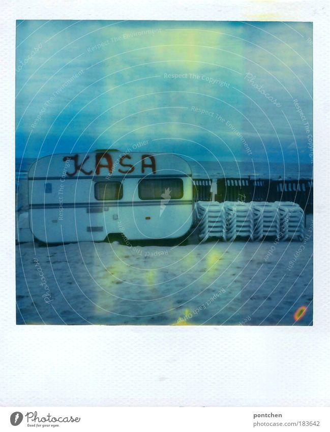 Swinemünde 09- Nachzügler alt Sonne Meer blau Sommer Strand Ferien & Urlaub & Reisen Polaroid Freiheit Sand Stimmung Wellen Wasser Tourismus Freizeit & Hobby