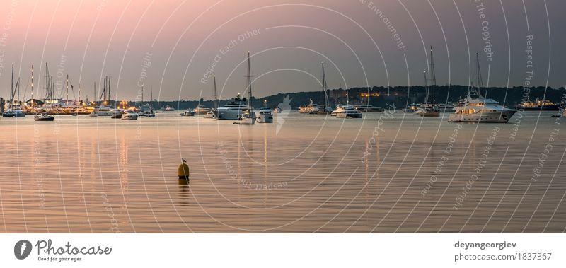 Yachten und Leuchtturm in Cannes Ferien & Urlaub & Reisen Tourismus Meer Himmel Felsen Küste Hafen Jacht Wasserfahrzeug Stein gelb gold Frankreich Portwein