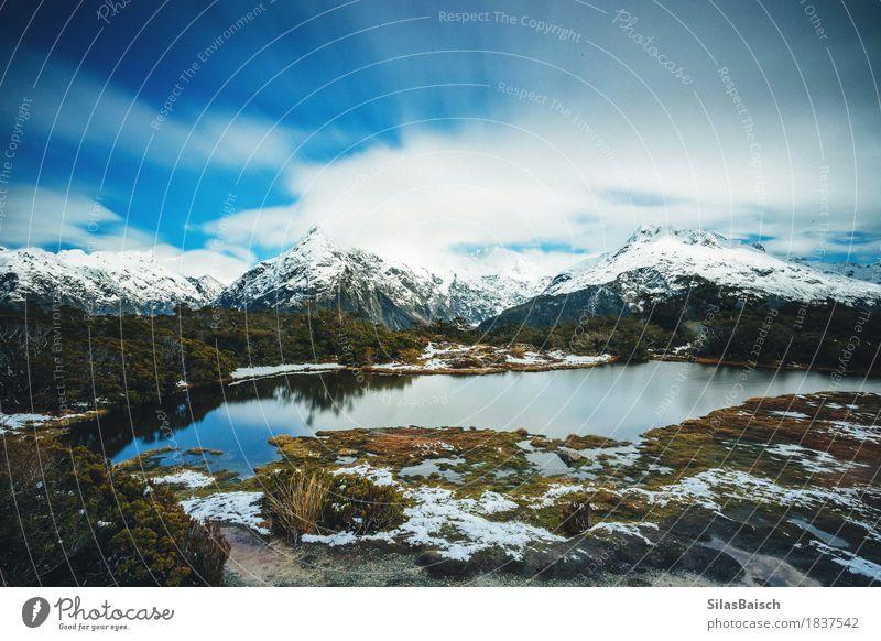 Schöner Eissee Klettern Bergsteigen Umwelt Natur Landschaft Urelemente Himmel Wolken Frühling Wetter Schönes Wetter Hügel Felsen Alpen Berge u. Gebirge Gipfel