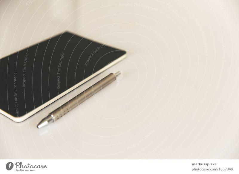 notizbuch mit stift Büro Kommunizieren Typographie analog Notebook minimalistisch sehr wenige Salto