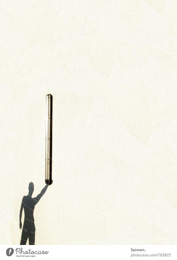 olympisch Mann Freude Haus Erwachsene Wand Bewegung Mauer Lampe hell Kraft glänzend maskulin Mensch außergewöhnlich stehen festhalten