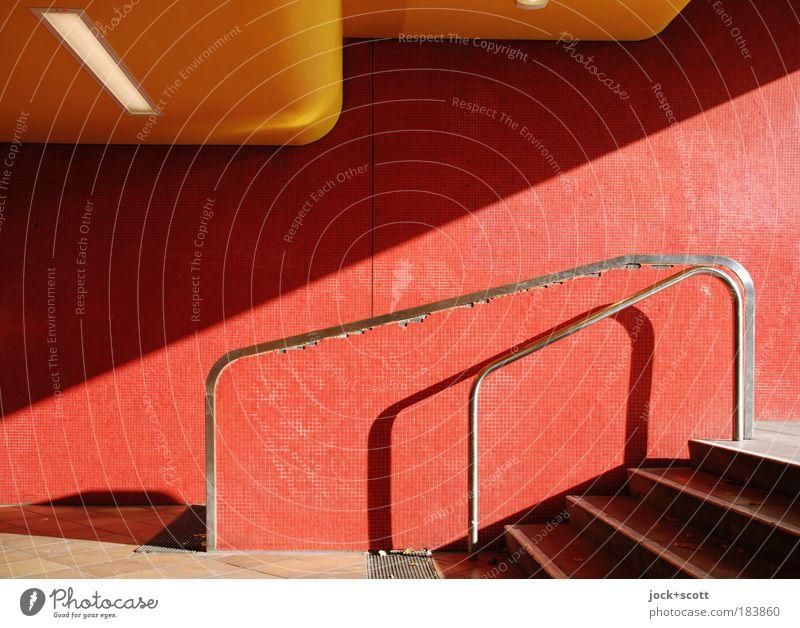 Bahnhof Jungfernheide Wand Treppe Tunnel authentisch modern rot Wege & Pfade Geländer Fliesen u. Kacheln Eingang Schattenspiel diagonal Decke Neigung