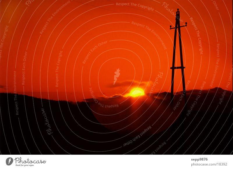 Sun down Sonnenuntergang Strommast Landschaft