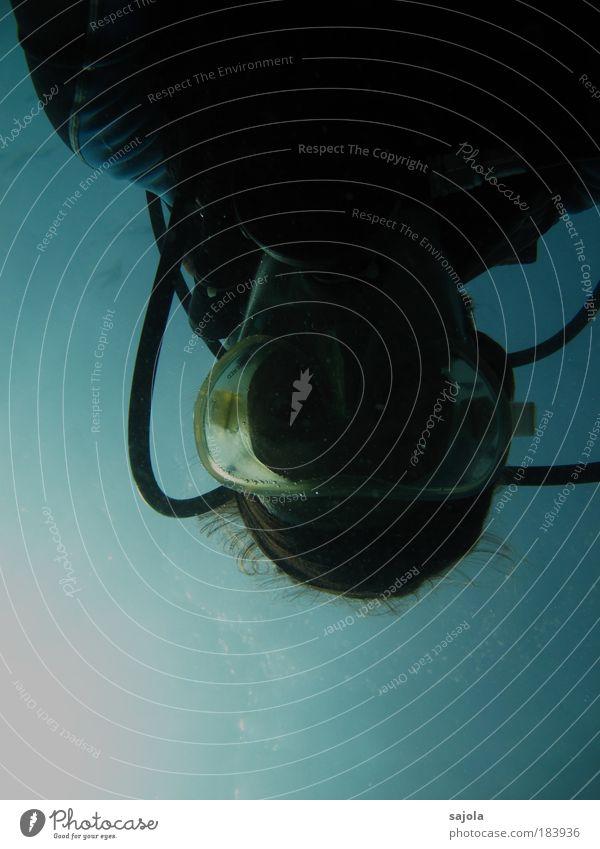 abgetaucht Freizeit & Hobby Wassersport tauchen Meer ästhetisch blau Taucher Taucherbrille Tauchgerät Haare & Frisuren Schlauch Atem Sauerstoff Neoprenanzug