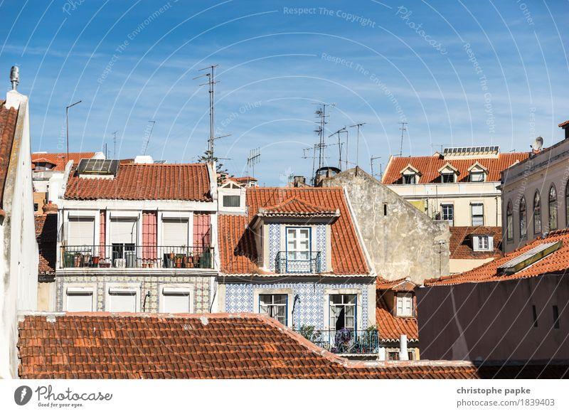Die andere Seite von Bairro Alto alt Stadt Haus Wand Mauer Fassade historisch Hauptstadt Balkon Altstadt Portugal Lissabon