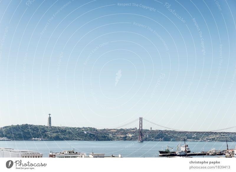 Lissabons Wahrzeichen Himmel Ferien & Urlaub & Reisen Stadt Sommer Meer Wärme Küste Wasserfahrzeug Ausflug Schönes Wetter Brücke historisch Fluss Hafen