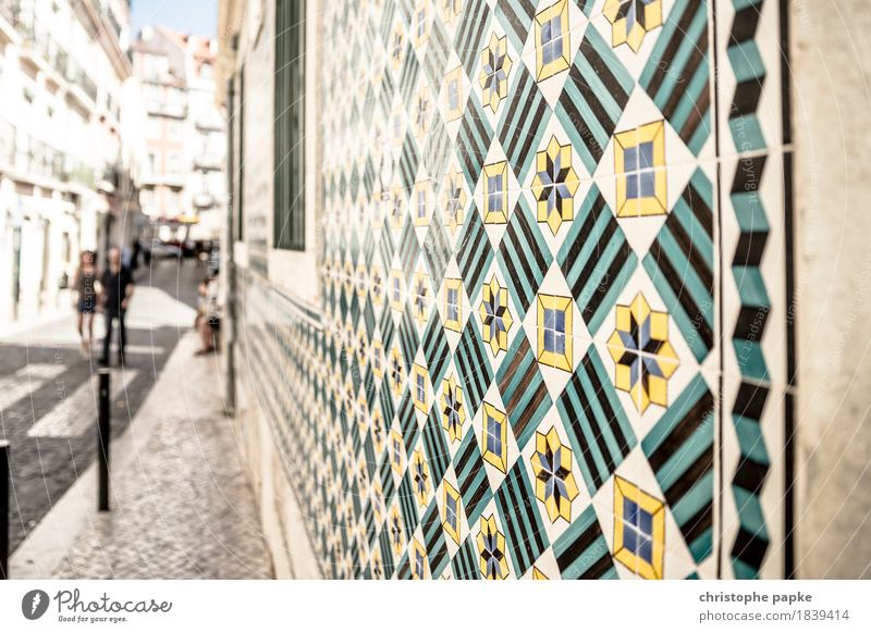 Patterns of Lisboa Ferien & Urlaub & Reisen Städtereise Sommer Sommerurlaub Sonne Lissabon Portugal Stadt Hauptstadt Stadtzentrum Altstadt Mauer Wand Fassade