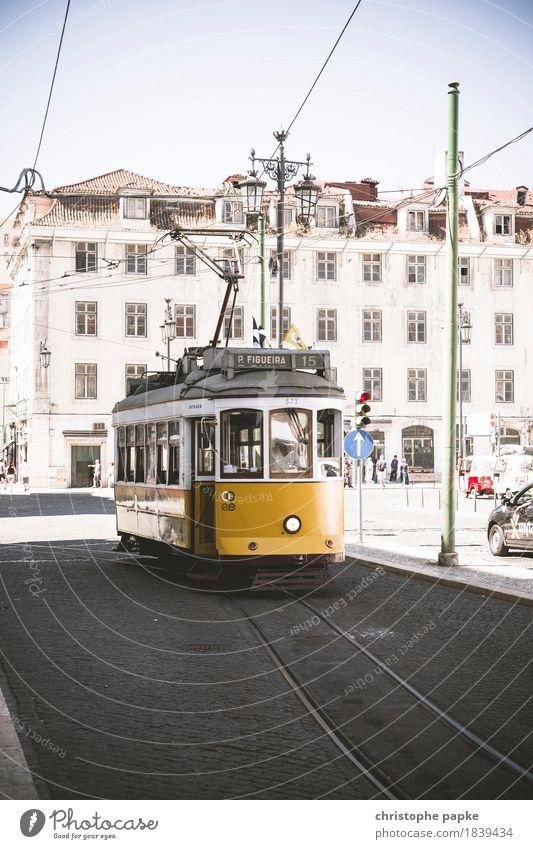 Eléctrico Ferien & Urlaub & Reisen alt Stadt Sommer Haus Straße gelb Tourismus Verkehr Ausflug Europa historisch Güterverkehr & Logistik fahren Wahrzeichen