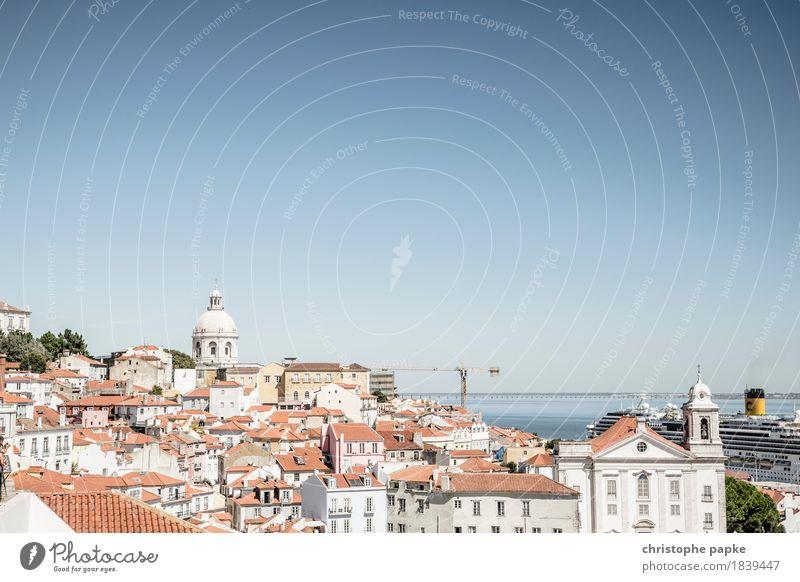 Lissabons Dächer Ferien & Urlaub & Reisen alt Sommer Stadt Sonne Haus Tourismus hell Ausflug historisch Skyline Hauptstadt Altstadt Stadtzentrum Städtereise