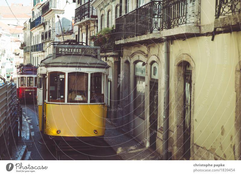 Beirro Alto Ferien & Urlaub & Reisen alt Sommer Stadt gelb Tourismus Verkehr historisch Hauptstadt Altstadt Stadtzentrum Städtereise Portugal Verkehrsmittel