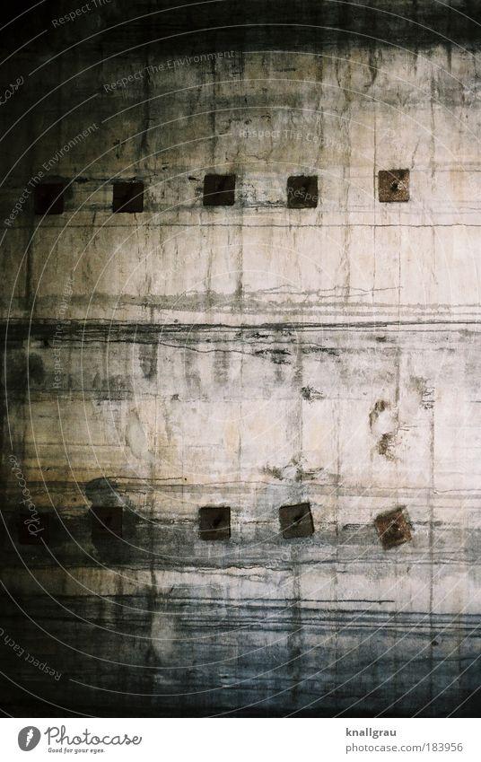 betoniert dunkel Wand Mauer Fassade Beton Kraft Sicherheit Industrie Industriefotografie verfallen Justizvollzugsanstalt Grenze Verfall Lomografie gefangen Halt