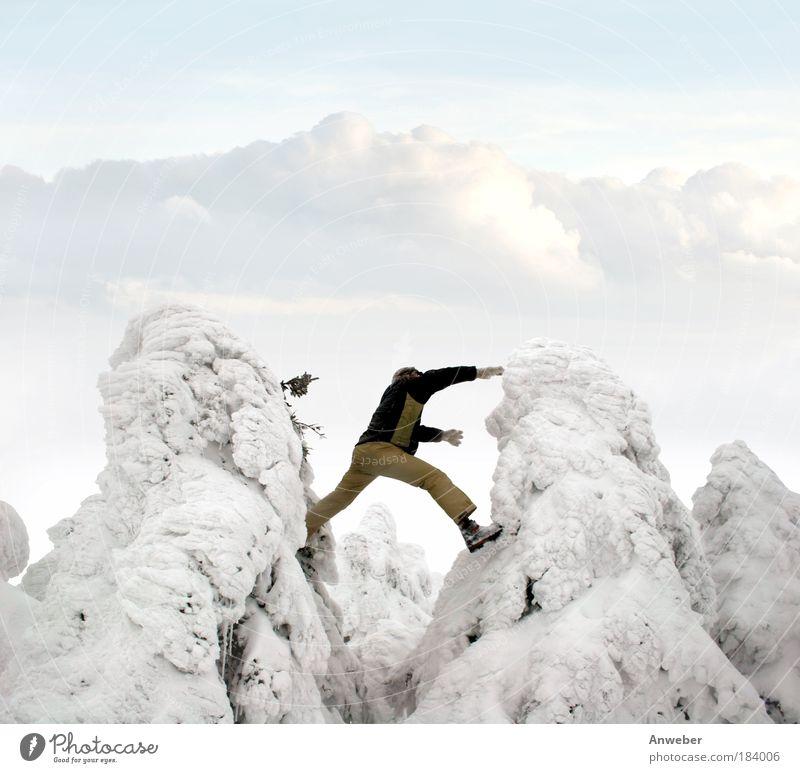 Wintersprung zwischen 2 Krüppelfichten am Brocken im Harz Natur Jugendliche Ferien & Urlaub & Reisen Freude Umwelt Landschaft Leben Mensch Schnee Spielen