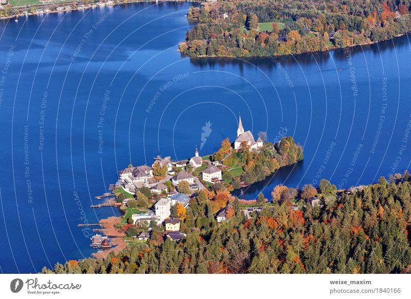 Sonniger Herbsttag auf dem See in den Bergen von Süd-Österreich Natur Ferien & Urlaub & Reisen blau Baum Landschaft Erholung Haus Ferne Wald Berge u. Gebirge