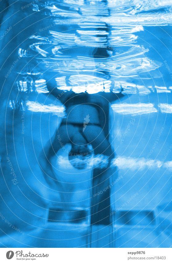 Diving blau Sport Wellen Schwimmbad tauchen